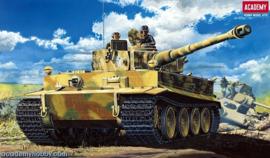 Academy 13239 German Heavy Tank TIGER-1