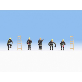 Noch 15021 # Brandweermannen (zwarte kleding)