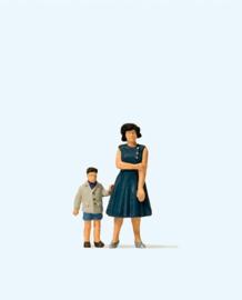 Preiser 28169 # Moeder en zoon