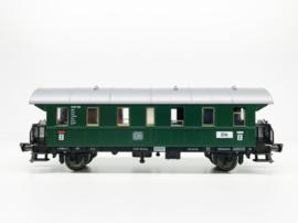 Fleischmann 5062. 2e klas personenrijtuig van de DB