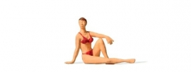 Preiser 28072 # Vrouw in bikini  (zittend)