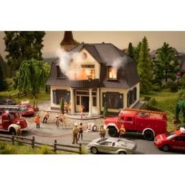 """Noch 66507#Brandend """"Huis van Plezier"""""""