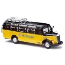 Busch 41048 : Mercedes-Benz O3500-bus (Eichberger)