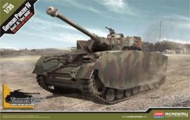 "Academy 13516 "" German Panzer IV"