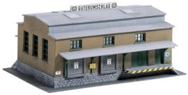 Piko 60027 - Goederenoverslagstation