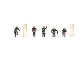 Noch 36021#Brandweerlieden N