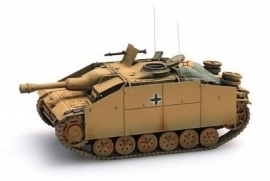Artitec 387.50 WY StuG III Ausf G Sturmhaubitze (donker geel)