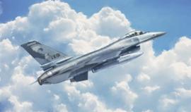 Italeri 2786 # A Fitghting Falcon