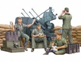 Trumpeter 00432 : Duitse  bemanning