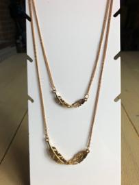 Korte/halflange ketting ; goud én roségoudkleurig