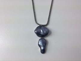Korte ketting ; zilverkleurig