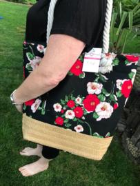 Strandtas met riet ; zwart met bloemen