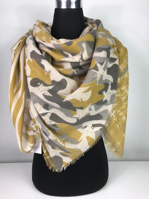 Sjaal ; 4 vakken en studs ; oker