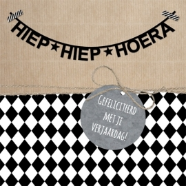 HIEP HIEP HOERA | LETTER SLINGER