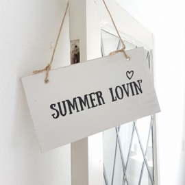 Houten tekstbordje 'Summer Lovin' kleur wit
