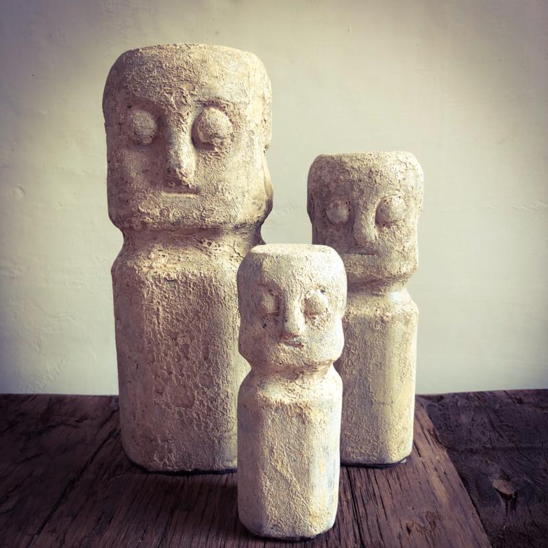 Keramische beelden Sumba