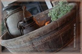 Oude houten ronde trog/bak   2