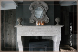 Ornament  op hout   taupe