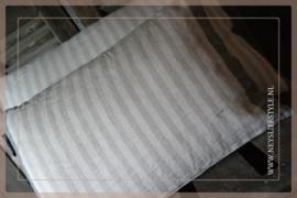 Kussen Stripe linnen l 32 x 45 cm