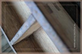 Oude houten brickmall M