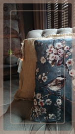 Kussen fluweel 45 x 45 cm   bloesemtak