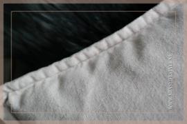 Velvet kussen washed Pip 30 x 60 cm | peble