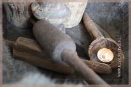 Oude houten chappatti roller