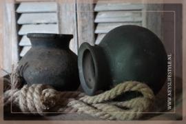 Oude originele tuimelkruikjes| zwart
