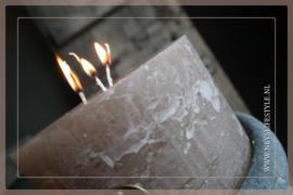 Kaars rustic 3 fuses | taupe 14 x 8 cm