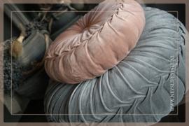 Velvet kussen oud roze | 35-40 cm
