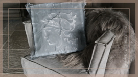 Kussen kalkverf Madame 45 x 45 cm | grey