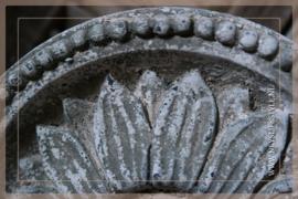 Ornament op voet Incala | S