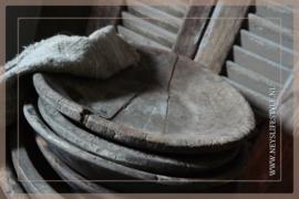 Oude originele houten schaal rond | S