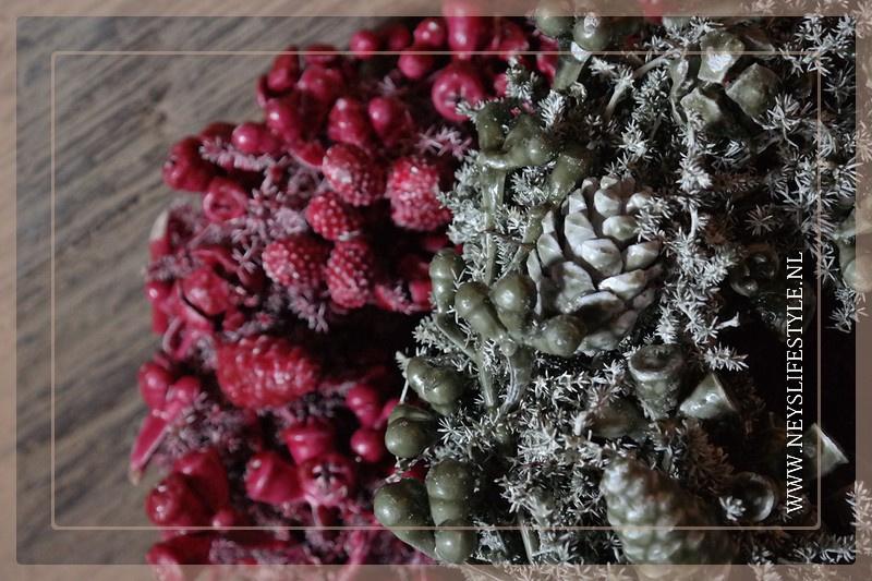 Wax krans Autumn red 23 cm