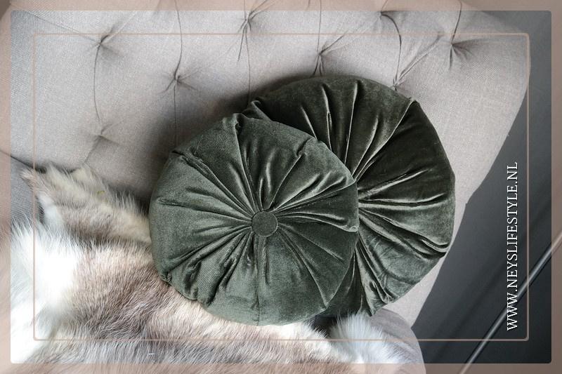 Round kussen dark green | M