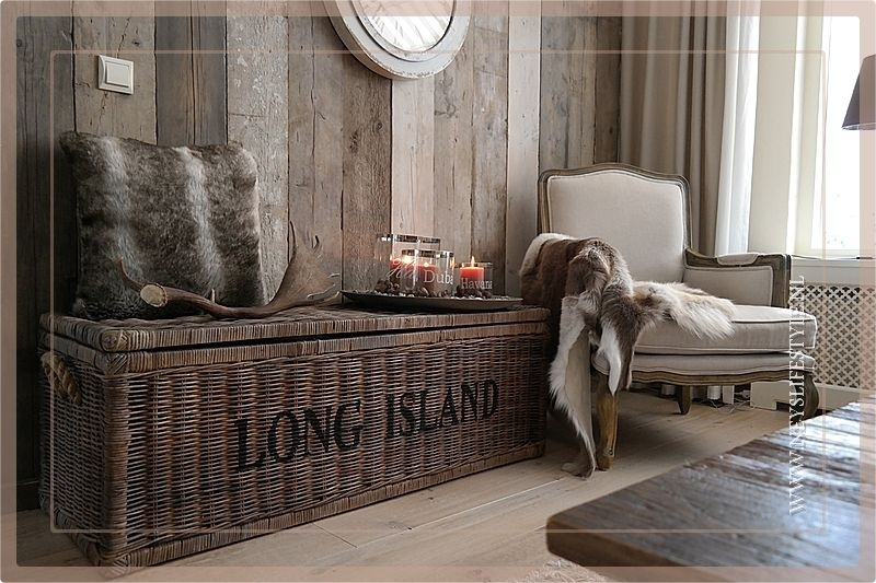 Trunk Long Island