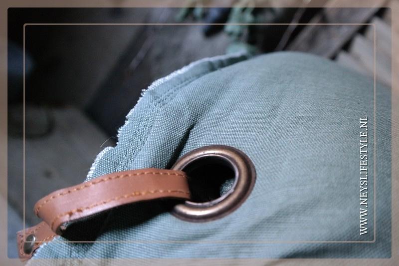 Kussen linnen | medium green 40 x 60 cm