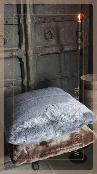 Luxe bont kussen 45 x 45 cm donkergrijs