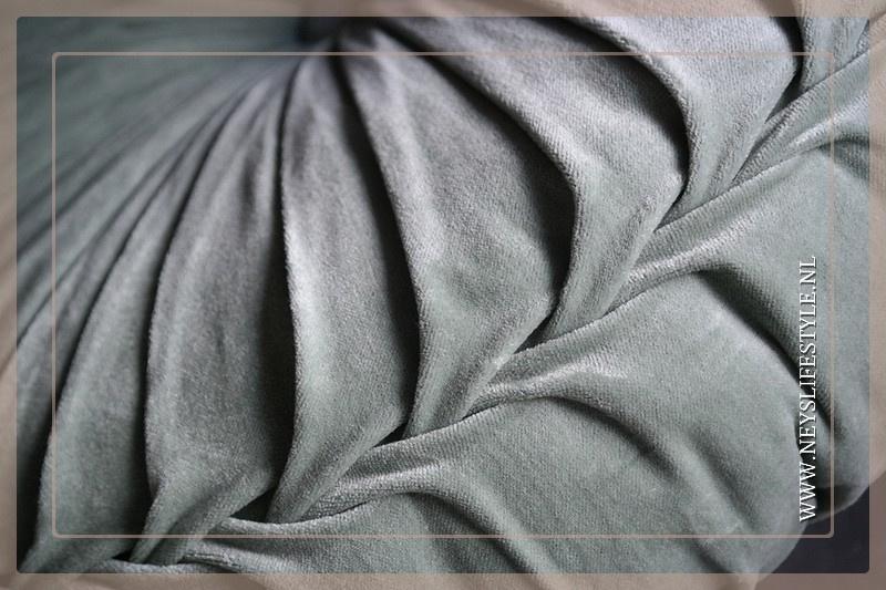 Velvet kussen mint groen| 40 cm
