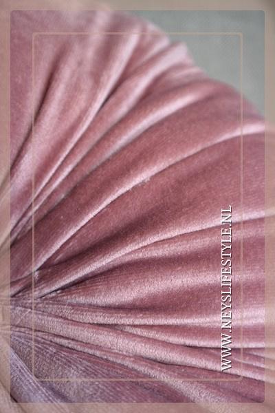Round kussen old pink | M