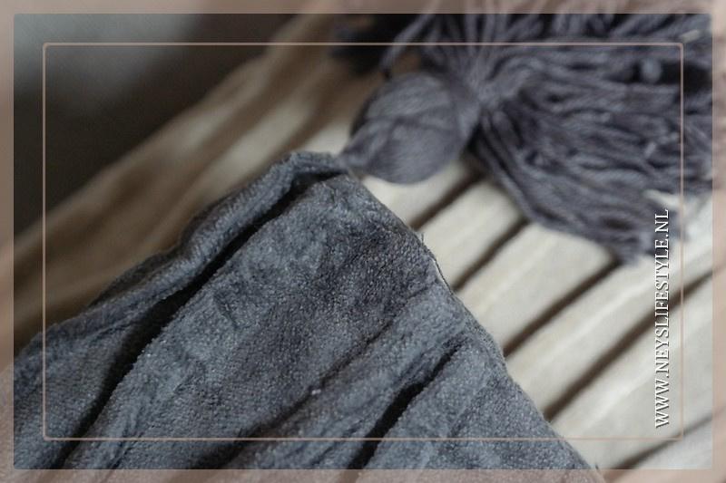 Kussen Chanilla kwast | grijs