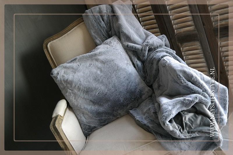 Kussen bont grijs | 45 x 45 cm