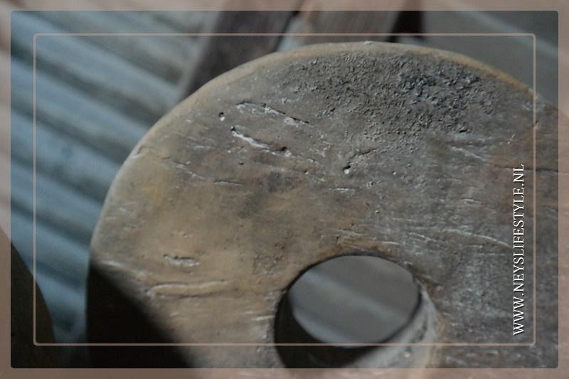 Ornament  grinder steen   S