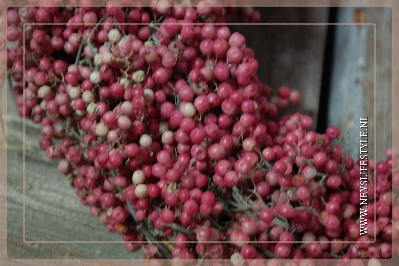 Pepperberry krans 30 cm