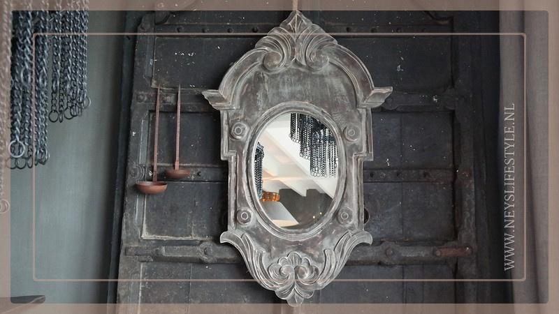 Spiegel Ossenoog hout   M grijs