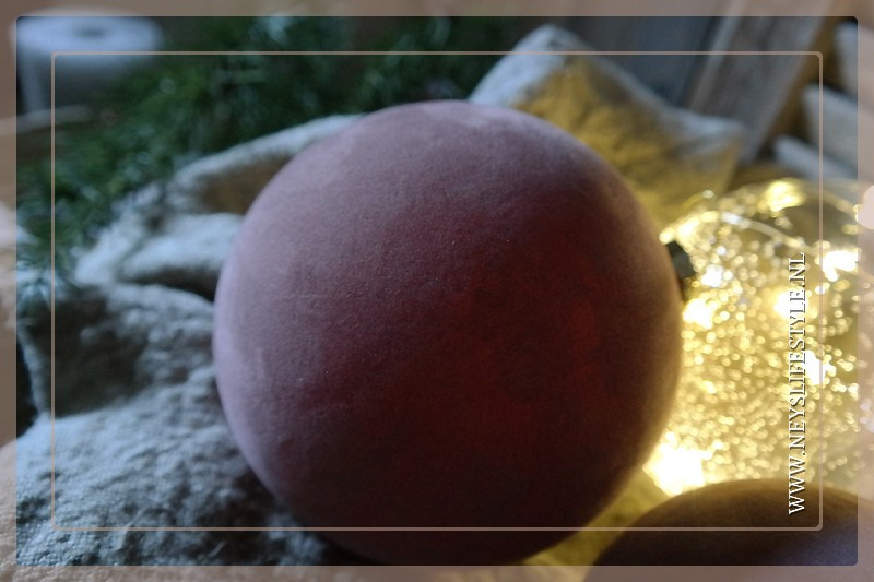 Kerstbal velvet oud roze   M