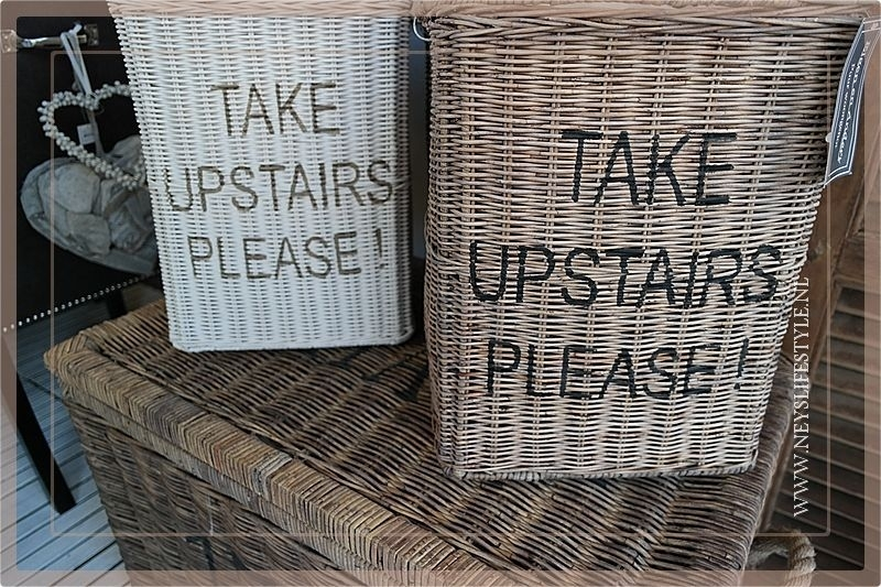Trapmand 'Take upstairs please !' white edition