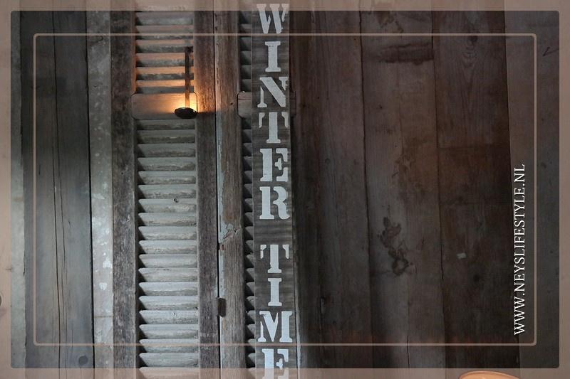 Houten bord |  WINTER TIME