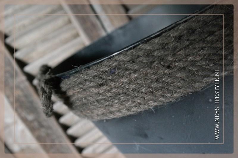 Bloempot met touw | S
