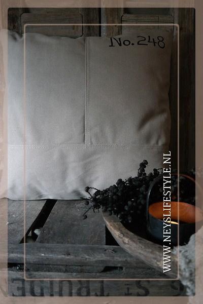 Kussen Raw l 40 x 40 cm
